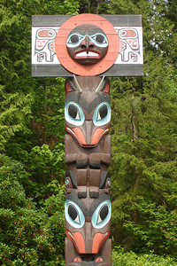 A totem pole - Vancouver, BC ... June 23, 2007 ... Photo by Rob Page III