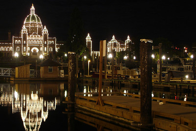 The British Columbia Parliament Building at night - Victoria, BC ... June 25, 2007 ... Photo by Rob Page III