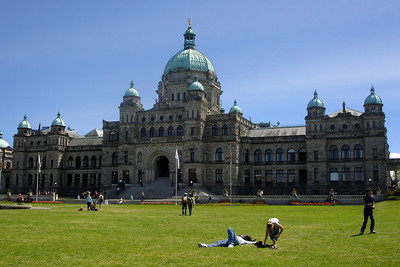 The British Columbia Parliament Buildings.  They opened in 1898 and were designed by Francis Rattenbury - Victoria, BC ... June 25, 2007 ... Photo by Rob Page III