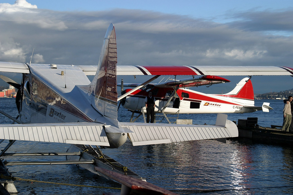 Vancouver BC float planes, not to miss this experience!