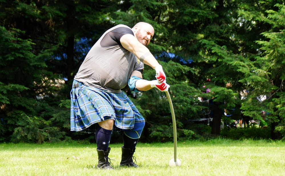 Here you'll notice the flex of the Ancient Hammer as it is being swung close to the grass at the New Brunswick Highland Games