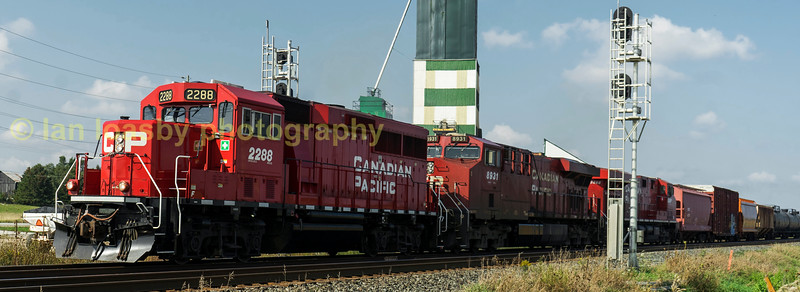 Now all coupled up and cleared to proceed  GP 20 2288 makes a very  unusual sight for the class as it heads a class one train out of Baxter sidings heading for the CP terminal in Toronto.