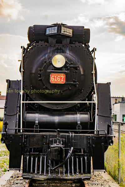 Latter on monday  the 18-09-17 I was taken across country to Woodstock, in preparation of one of the highlights of my trip which necessitated a night away on route we passed through Guelph which proudly displays this ex CN  'Northern' 4-8-4  besides the Go Transit rail bus interchange. She emerged new from the MLW (Montreal Locomotive Works) in march 1940 and was finally retired on sept 27th 1967 and now sits stuffed and mounted unfortunately.