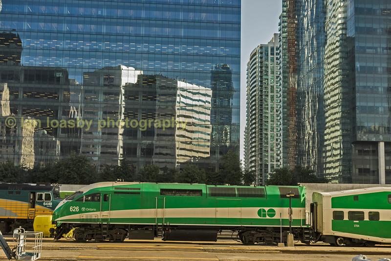 ML-DSC 2823-1 Go Transit MP40 625 -Toronto Union station-Friday-22-09-17 Ian Loasby.jpg