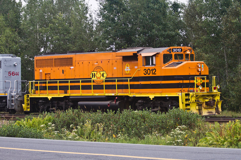 Huron Central unit 3012, a GP40-2L(W).