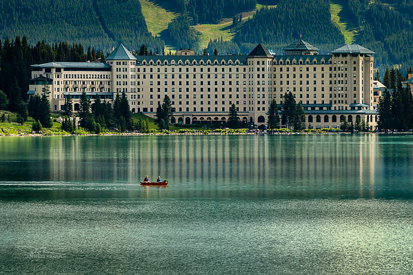 Fairmont Chateau Lake Louise Hotel