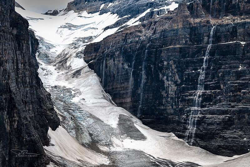 Plain of the Six Glaciers/Abbot Pass Hut