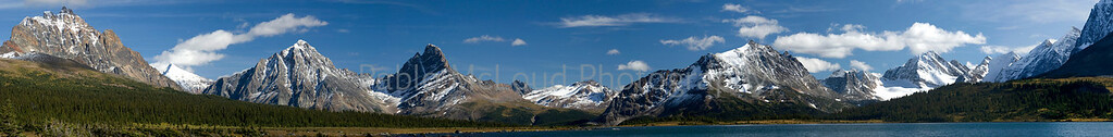 A wide-eyed view south from Tonquin Valley to Eremite Valley across Amethyst Lake.