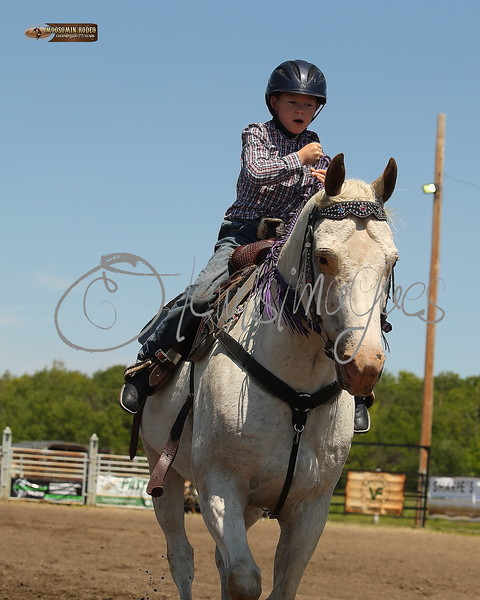 LI4_6622_Moosomin_KidsRodeo2018_final
