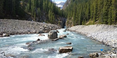 Crystal waters (Icefields Parkway)