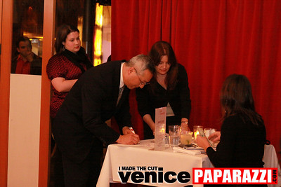 03 30 09 Janet's Circle For Entrepreneurs at Canal Club in Venice  www janetscircle com   Photo by Venice Paparazzi (13)
