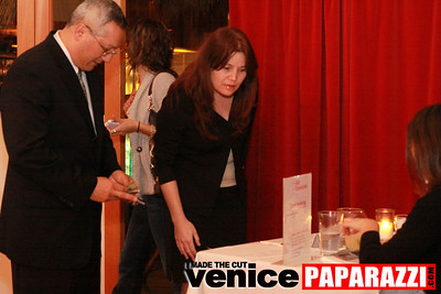 03 30 09 Janet's Circle For Entrepreneurs at Canal Club in Venice  www janetscircle com   Photo by Venice Paparazzi (12)