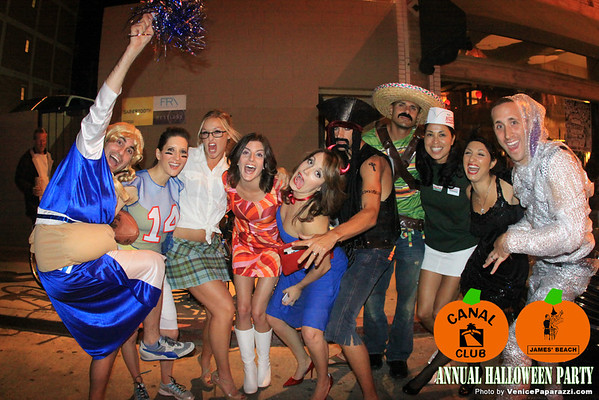 10.31.09 Annual Halloween party at Canal and James' Beach
