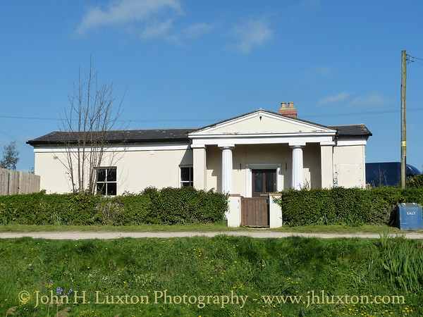 A cruise along the Gloucester and Sharpness Canal April 15 to 17, 2014 on board the MV EDWARD ELGAR operated by English Holiday Cruises.  One of the classic bridge keeper's cottages nopw in private ownership
