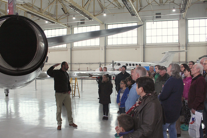 Chris Wilson presents  Supermarine Swift F.4 WK275 to a group in Hangar 3<br /> By Graham Miller.