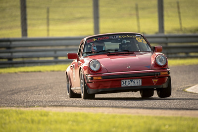 alexandergardner-Porsches-RAW-8