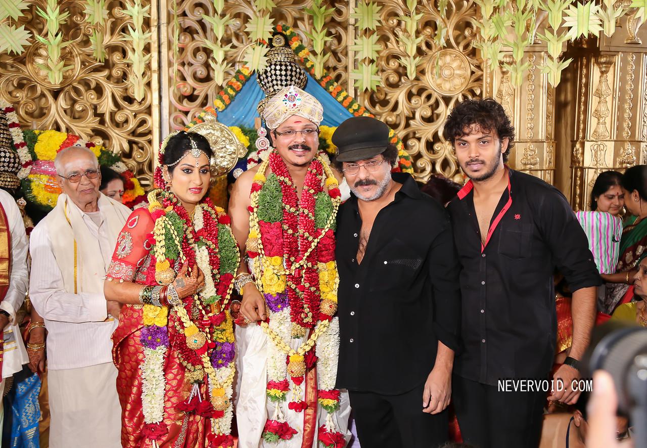 Director Ravichandran at Roopa Iyer's wedding along with his son