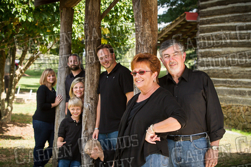 Jones Family at the Park-9