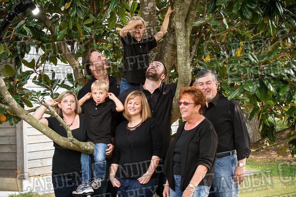 Jones Family at the Park-19