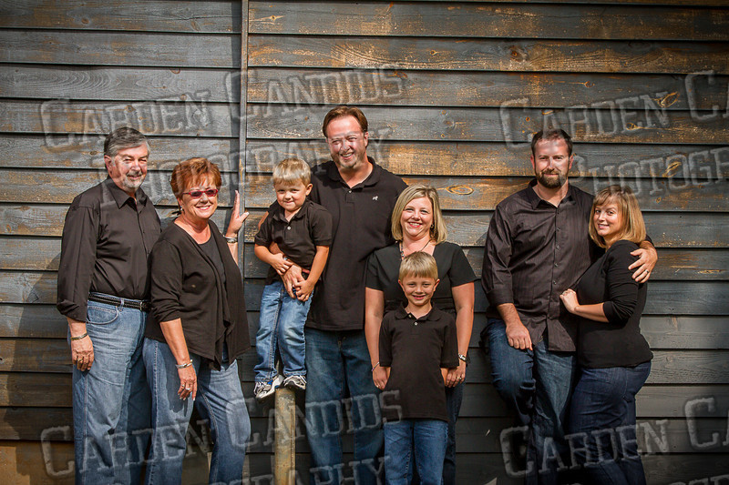 Jones Family at the Park-3