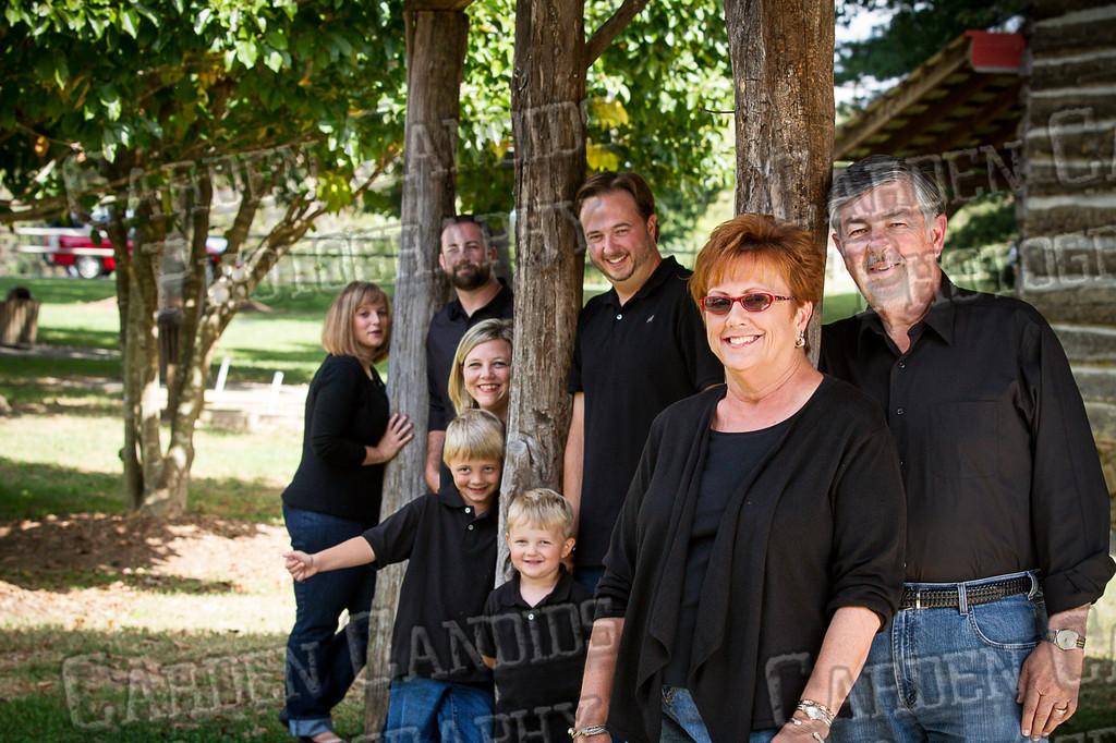 Jones Family at the Park-8
