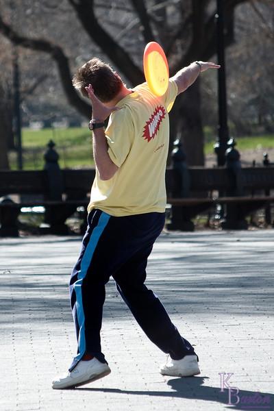 DSC_1855 frisbee fun
