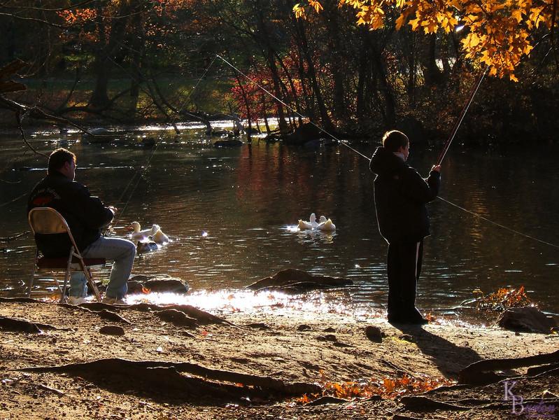 DSCF_0878 fall fishing scene at Clove Lake