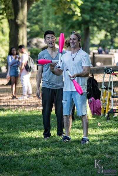 DSC_4203 jugglers