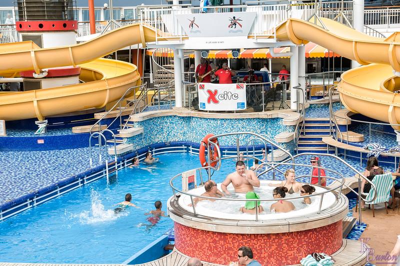 DSC_2680 pool side fun