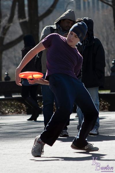 DSC_1871 frisbee fun