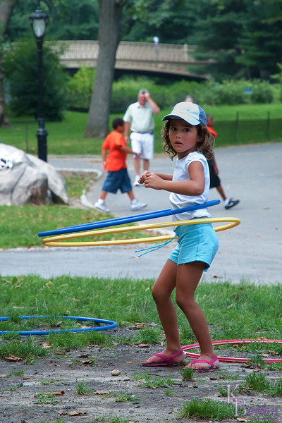 dsc_ 3405 hula hoop girl