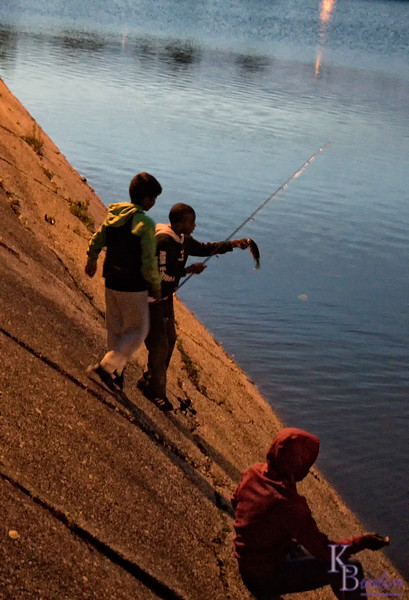 DSC_7827 twilight fishermen