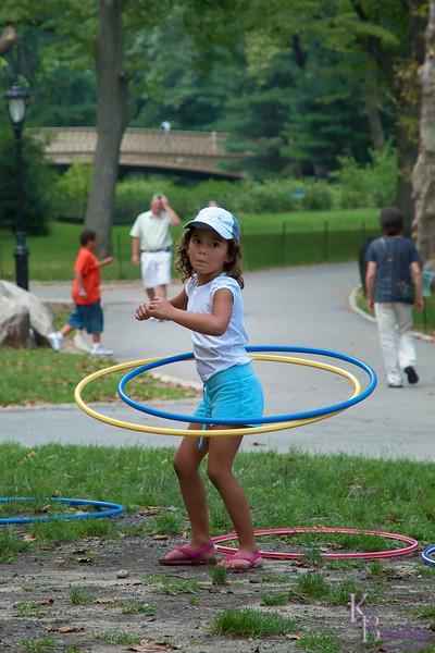 dsc_ 3404 hula hoop girl
