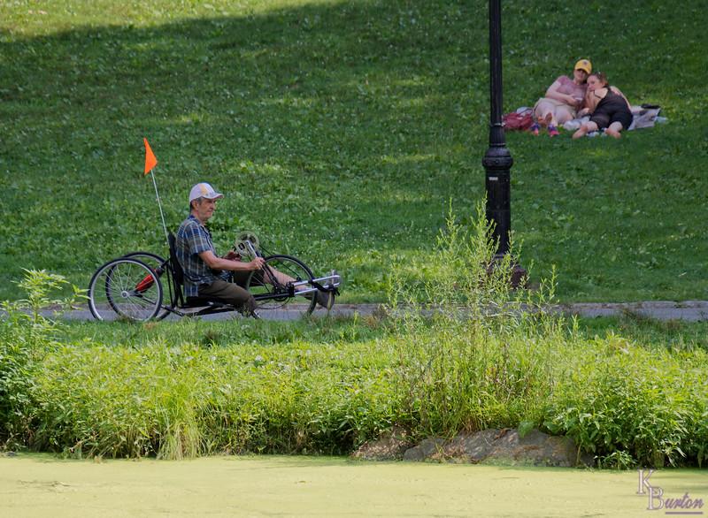 DSC_4636_DxO cycling around the Pool