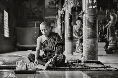Kompong Chang, Wat Nokor, Cambodia