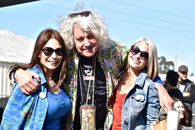 """Kim Bergel, right, and Michele Walford hang out at Cannifest with Jeff """"The Dude"""" Dowd, who was the inspiration behind """"The Big Lebowski."""" (Jose Quezada — For the Times-Standard)"""