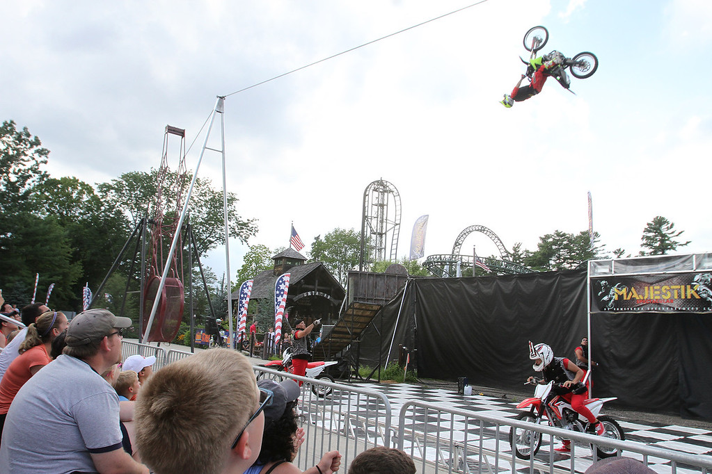 . Performers at Extreme Sports Park at Canobie Lake Park in Salem, N.H. (SUN/Julia Malakie)