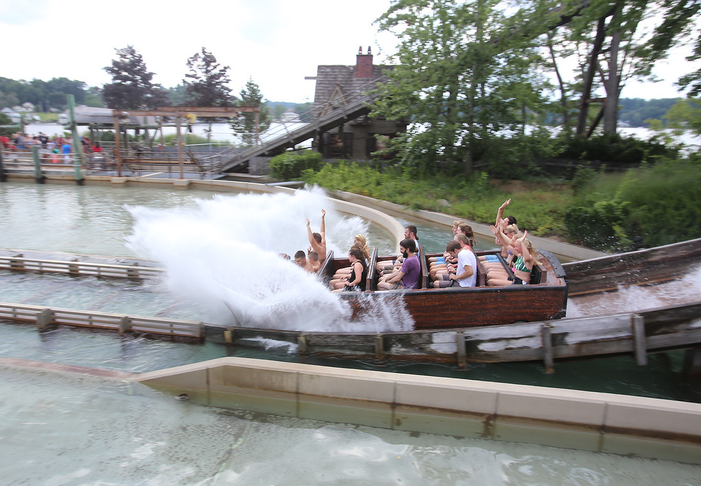 . Boston Tea Party ride at Canobie Lake Park in Salem, N.H. (SUN/Julia Malakie)