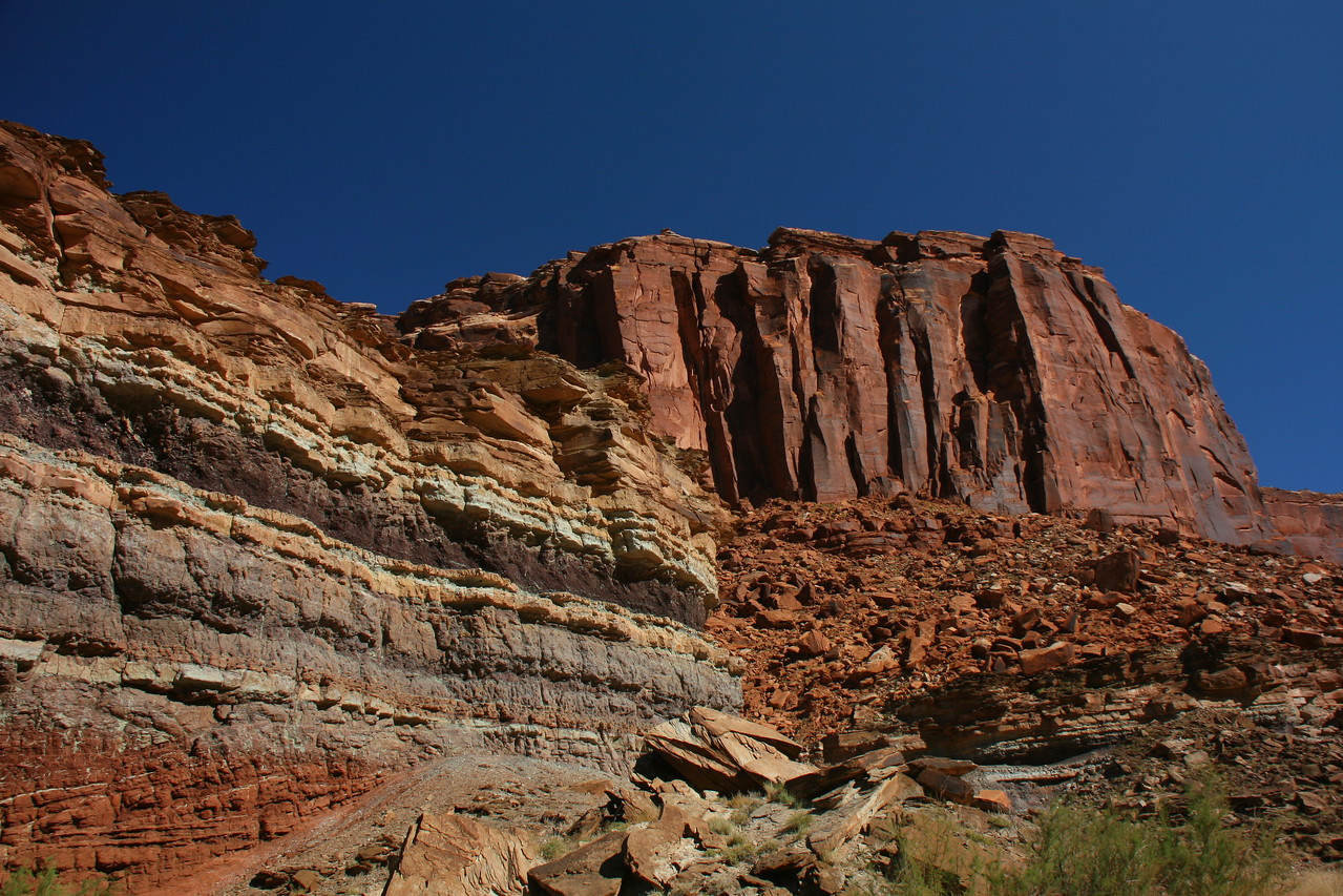 Horsethief Canyon - Note the layers in the rock on the left.