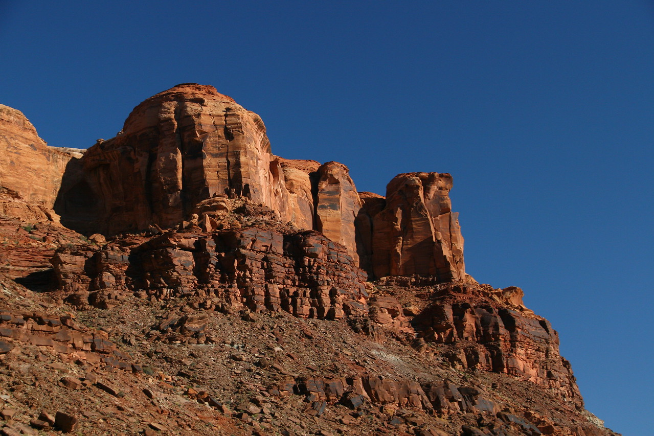 Day 5 - We viewed wonderful rock formations as we continued our loop around Bowknot Bend in the morning.