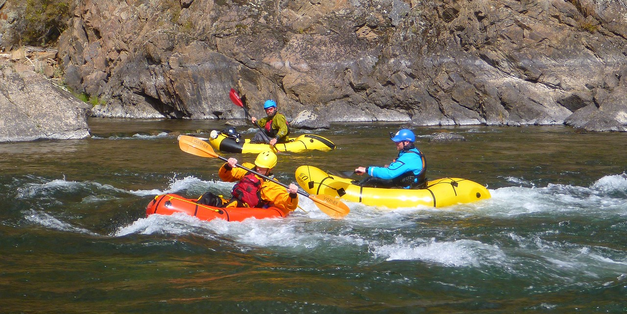 The packrafts are always surfing the holes, just like kayaks.