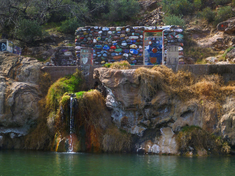 On Day 4, we reach Verde Hot Springs at Mile 16.3. Years ago, this was a big resort but it gets limited use now.
