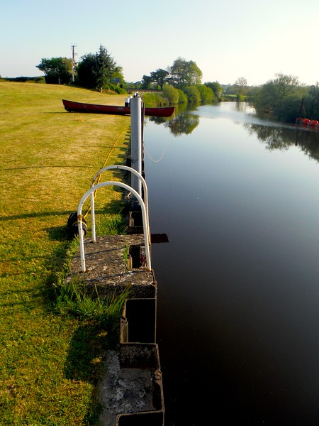 High canoe portage on the river severn
