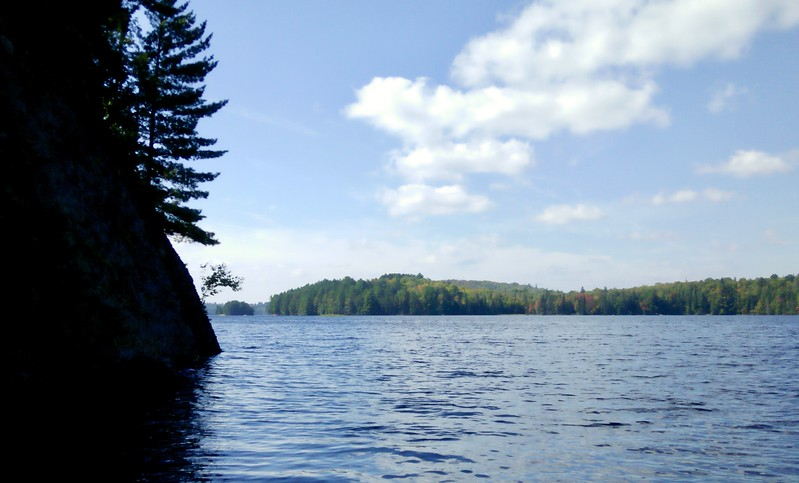 Paddling paradise on Burnt Island Lake