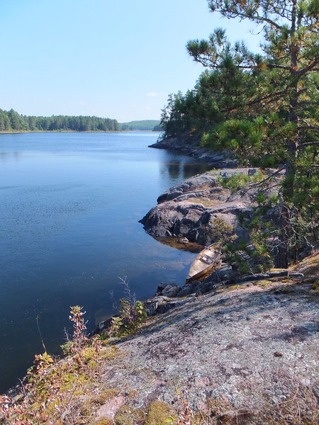 a wee bit of Quetico Lake