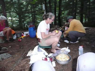 Andrea and Jean making apple crumble in her new Dutch oven.