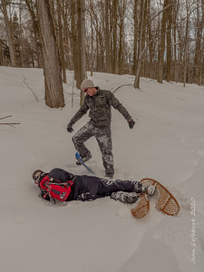 Competitive Snowshoeing - Losers die!