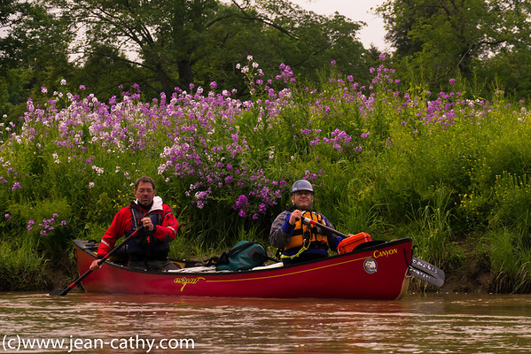 WWCC members paddle the Elora Gorge Photo by: Murray Meyer