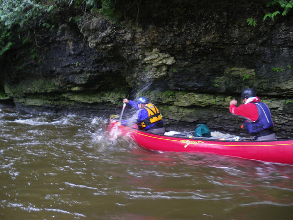 WWCC members paddle the Elora Gorge Photo by: Brian Fleet