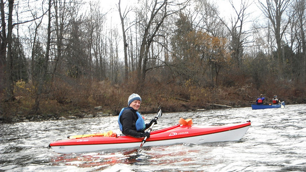 Windy Fall paddle down the Grand River from Cambridge to Paris (Ontario) on November 13, 2011. Photos by: Judi Thompson
